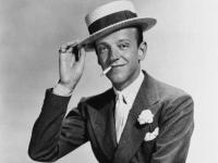 Fred Astaire, un calvo que emprendió su carrera como cantante, actor y bailarín